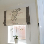 Roman blind with contrast border , Forest hall